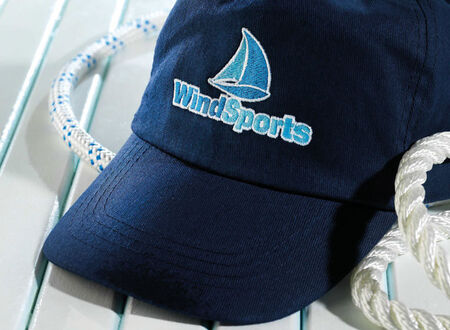 Corporate Fashion: Caps mit Stickerei - mit Ihrem Partner bei werbeland®.